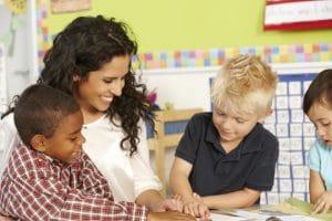 Oposiciones de Maestro en Pedagogía Terapéutica | Titulae