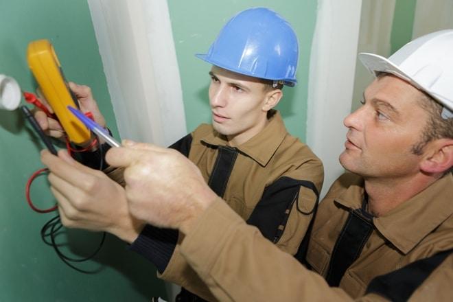 Curso de Instalaciones Eléctricas en Edificios